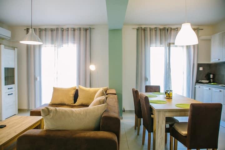 SuGr 2 (Susie&Grigoris) -  apartment near Ipsos