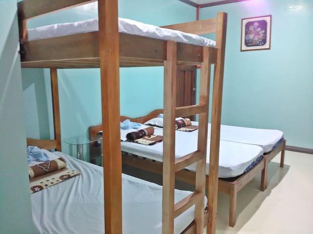 Casa GLEBU (private room w/ t&b) Room 3