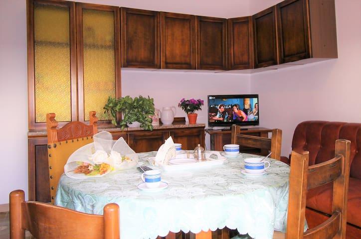 Cucina con tv