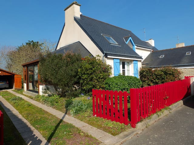 Lovely house close to the Harbor - Paimpol - Huis
