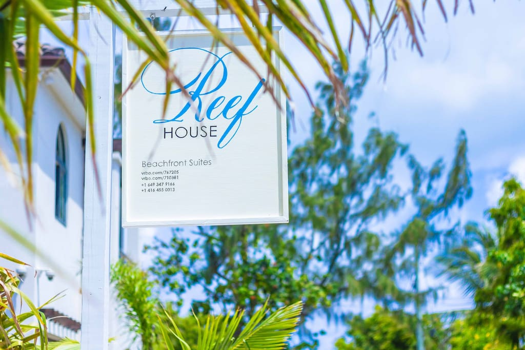 Reef House is located on beautiful Pillory beach