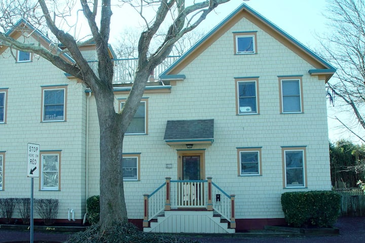 523 Lafayette Street, unit 1, Cape May, NJ