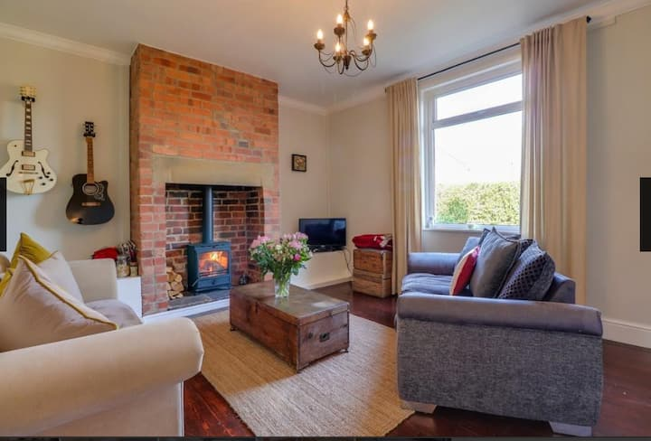 Beautiful Terrace Home with Wood Burner
