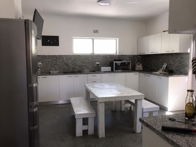 Walmer Estate - Rooms for Rent