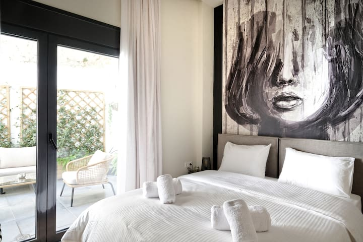 Both bedrooms have a big window door leading to the patio, which makes the bedroom very sunny. You will surely enjoy your sleep in the queen size bed with top quality mattress and linen.