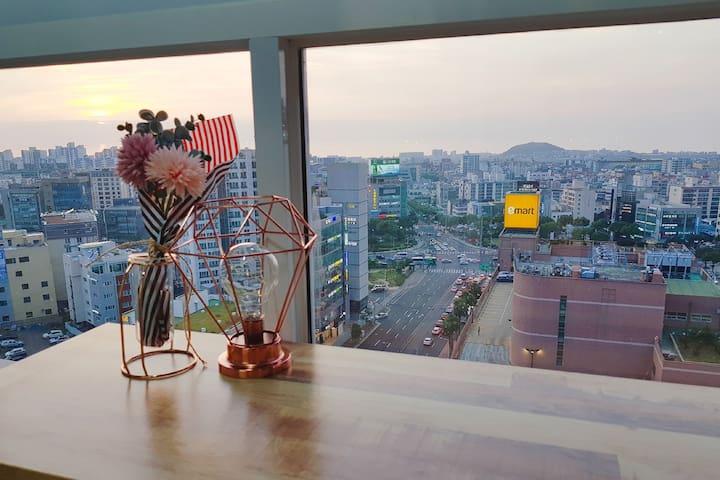 Kimchumma's Studio1/Great Seaview/Great Transport