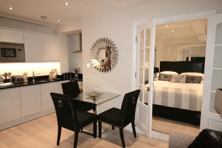 Stunning One Bedroom Apartment in Chelsea