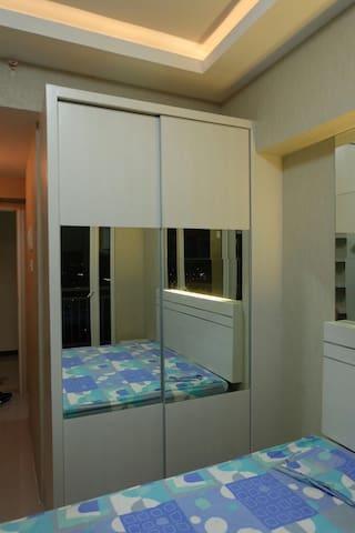 TANGLIN MANSION (SUPERMALL) - Surabaya - Apartment