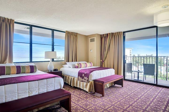 1 Bedroom Corner Suite w/Banyan View - #843