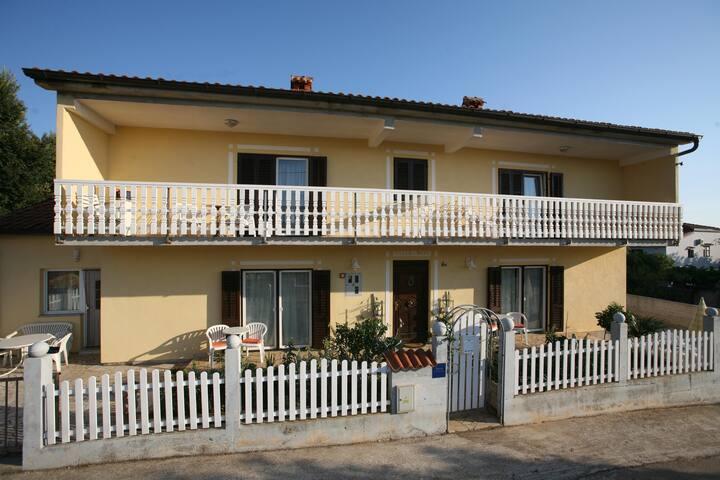 Apartments Villa Meri / Studio A4