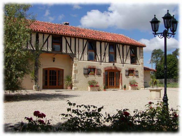 Le Cottage - Maison Tillac - Tillac - Dům