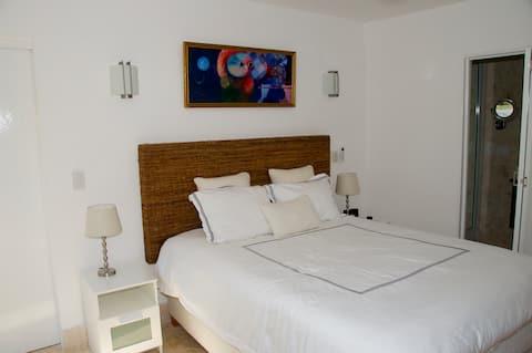 Garden View Bedroom in Casa de Campo