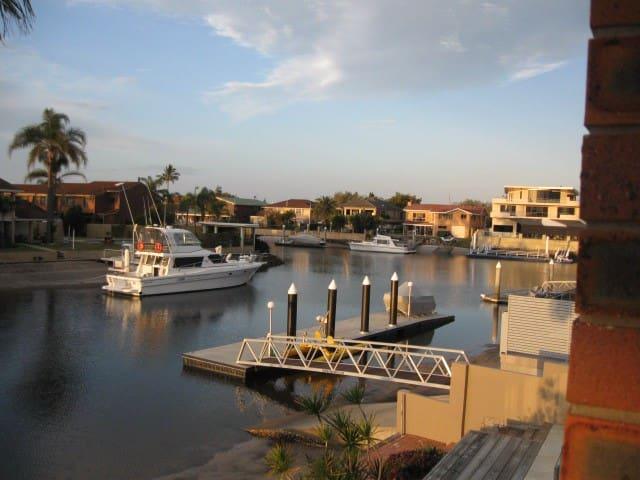 North facing Waterfront Townhouse - Runaway Bay
