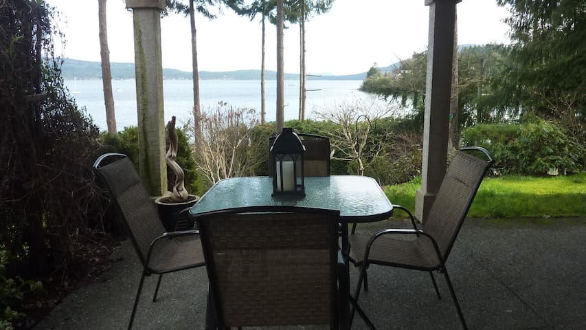 Waterfront 2 bedroom suite - Crofton - Overig