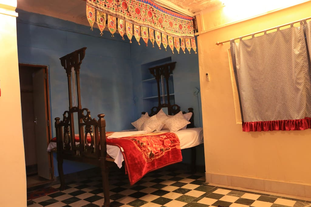 Another view of the bed