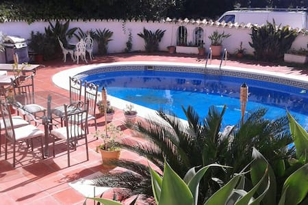 private apartment under large villa - Mijas - Apartment