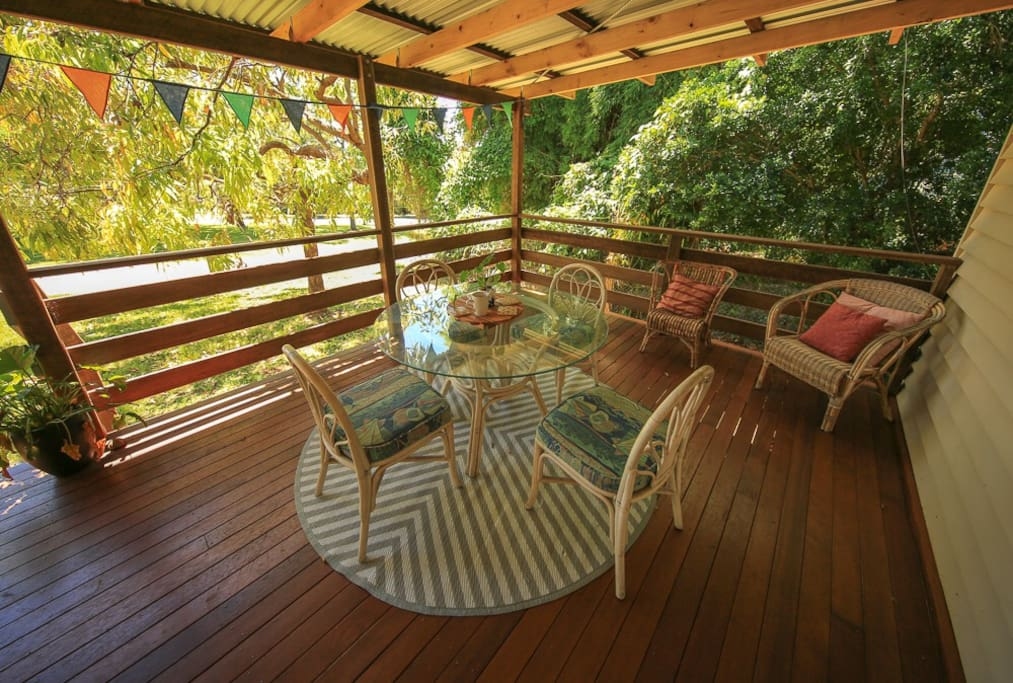 Island Cottage Minjerribah front deck
