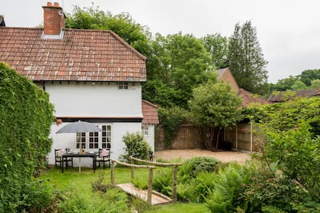 Craigwen Cottage in Burley,New Forest,Hampshire - Burley - Casa