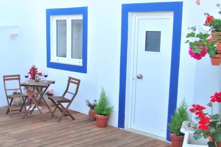 Faro Little House