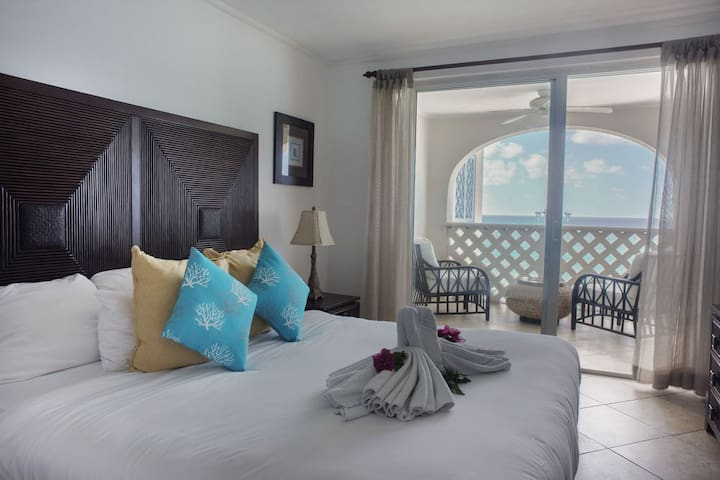 Relax in Beachfront Comfort and Style