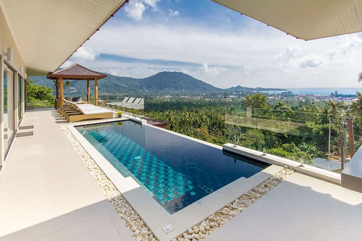 Stunning sea view villa 4 bedrooms Koh Samui-Lamai