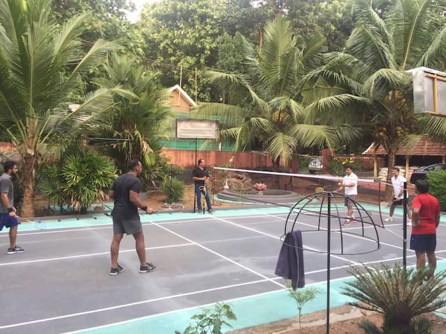 Badminton Lovers will surely have a great time.