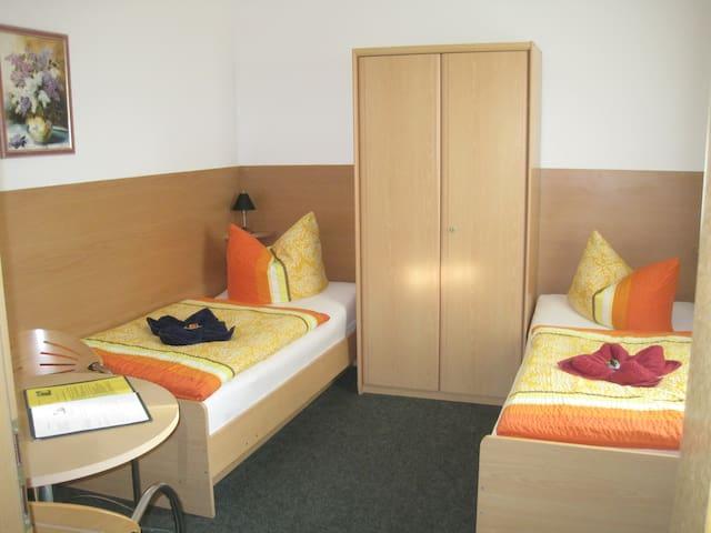 *Schönes Doppelzimmer in Ostseenähe*