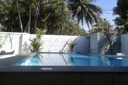 Villa Comfort private room 2 ,AC HW  Swimming pool