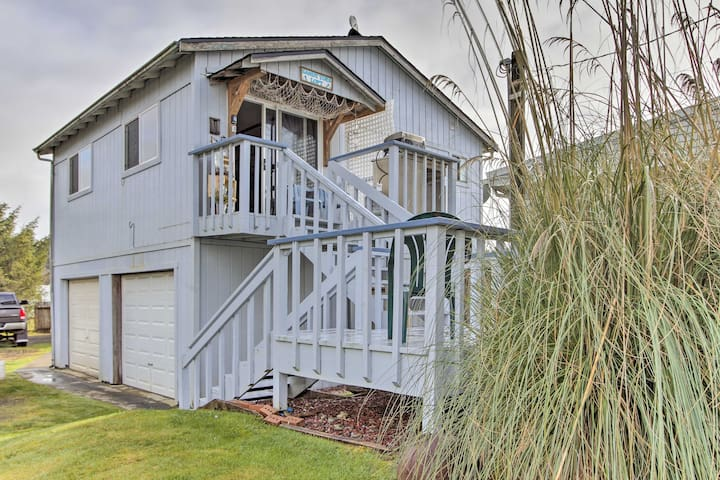 'Sandy Toes Loft' is a vacation rental studio ready to host your next trip!