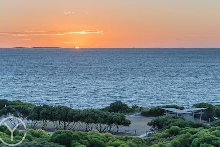 Ocean views South Beach Fremantle - North Coogee