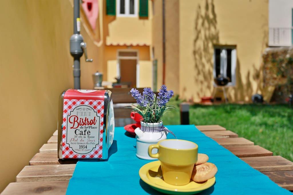 Private Garden & breakfast