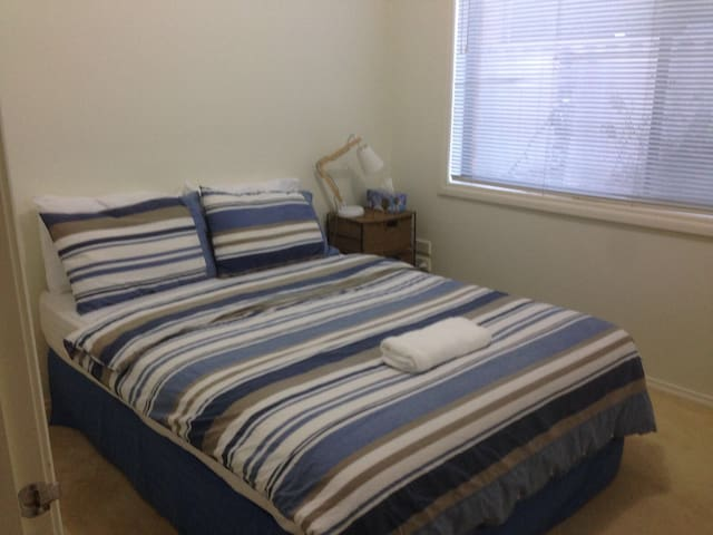 Great room near Melbourne airport