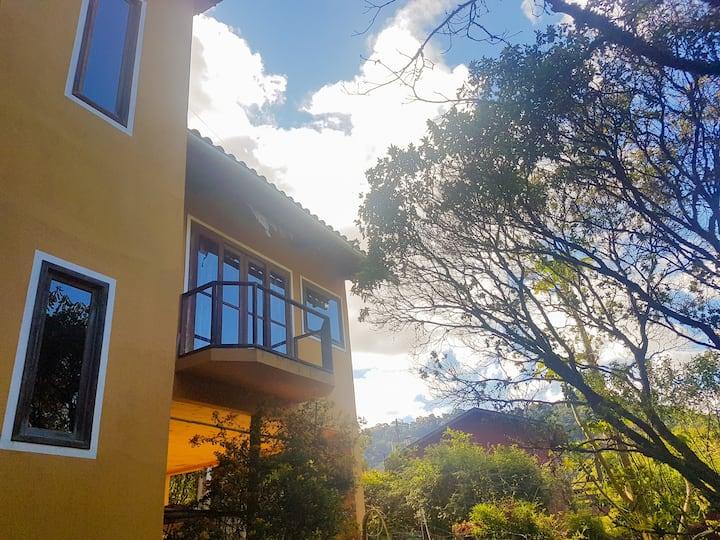 Casa de 90m2 com cachoeira perto, Visconde de Mauá