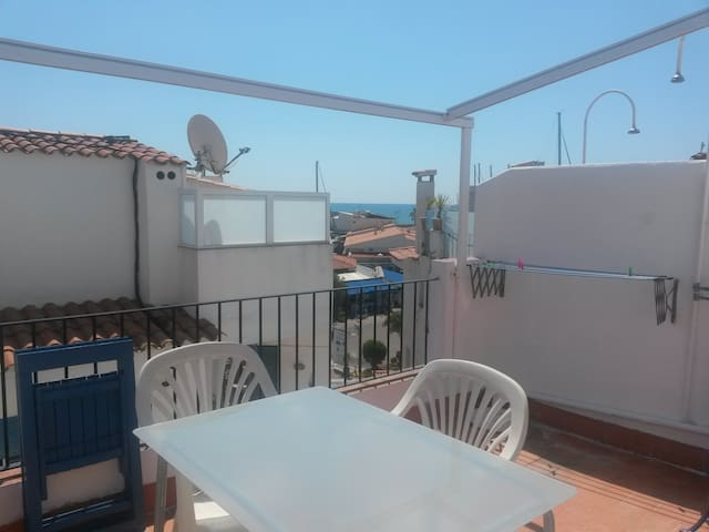 ABA-Duplex hermoso a 60 mts playa Balmins-Aire a. - Sitges - Pis