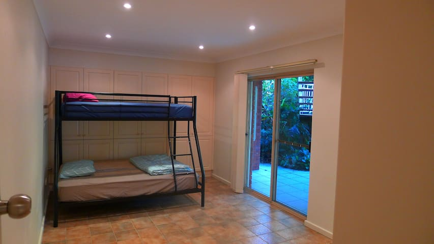 Self-contained flat near Epping Station - Epping - Pis