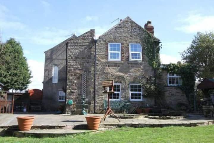 Barlow Country Club - Mill Farm Cottage