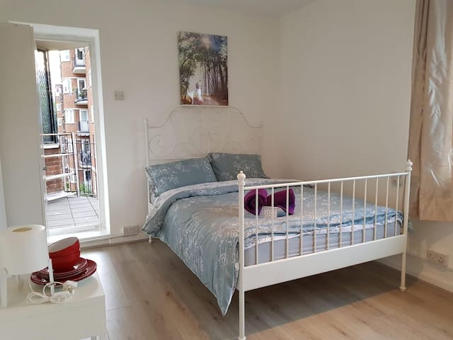 Beautiful double room with balcony