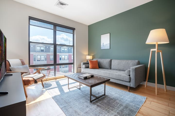 Trendy South Boston 1BR w/ Gym, W/D, Doorman near the T by Blueground