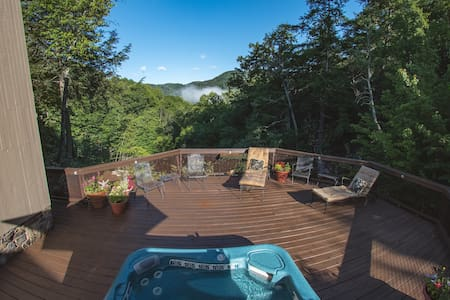 Unbelievable Dutch Creek Views in Valle Crucis, NC