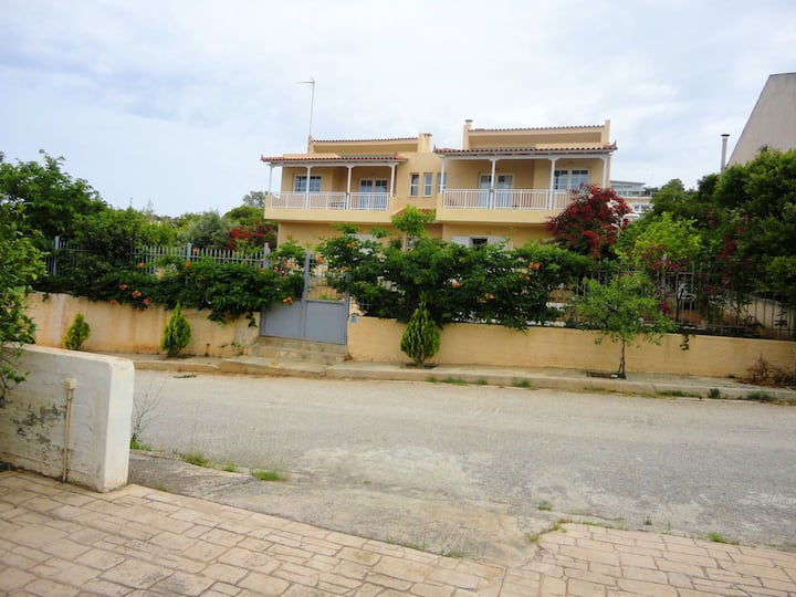 House with one bedroom in Anavissos, with enclosed garden and WiFi