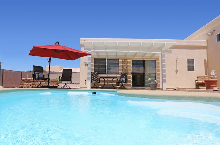 Comfy Casita with Private HEATED Pool