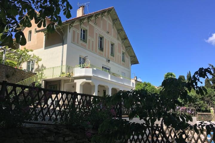 Carcassonne Belle et grande villa 15 per