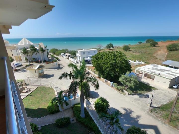 Oceanfront Apartment Caribbean Escape