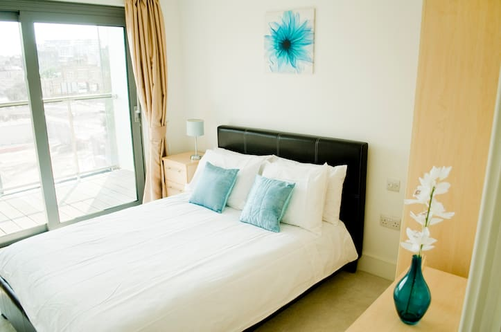 Stylish Double Rooms in Great Area