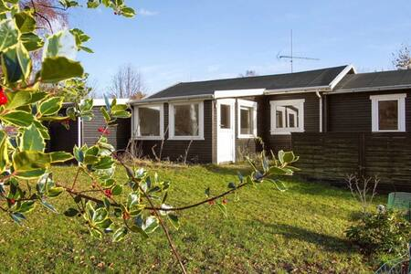 Summer Cottage Close to the Beach - Hundested