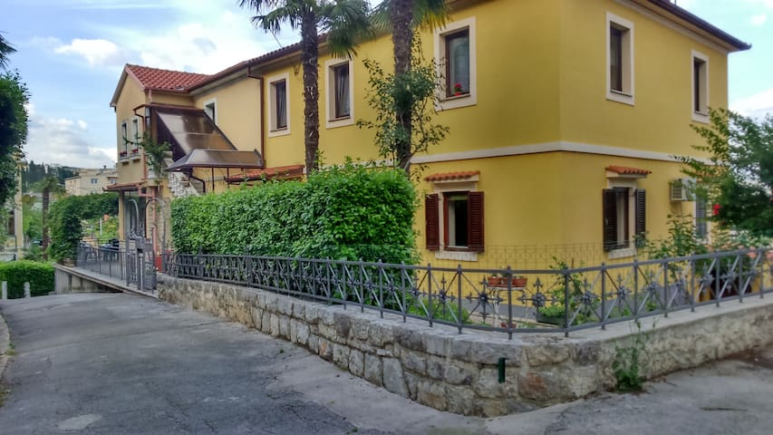 Charming apartment in Opatija