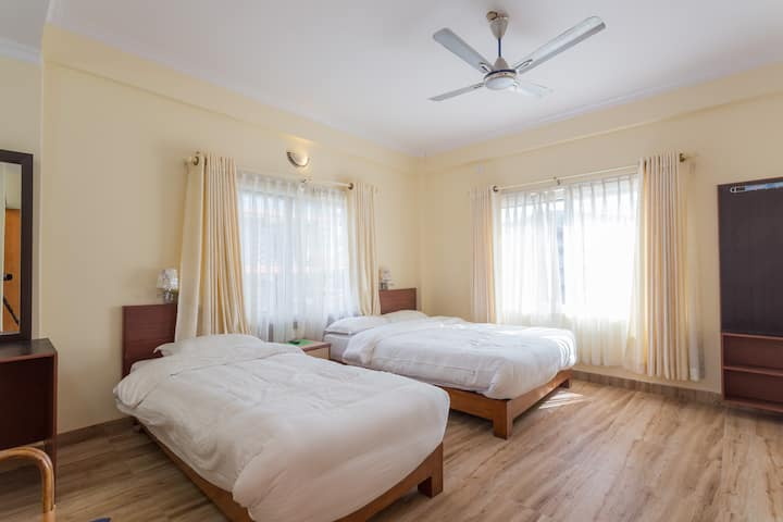 Hotel Sakura Pokhara