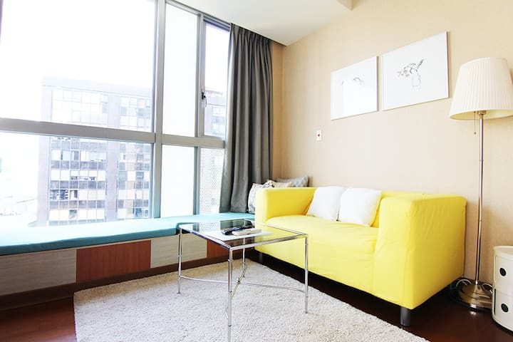 Big Service Apartment-pool, gym,Taipei 101~Monthly