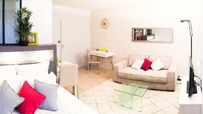 Studio COSY Toulouse - METRO - PARKING - NETFLIX et 30 € OFFERT