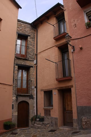 Cal Segal Petit - Coll de Nargó - Hus